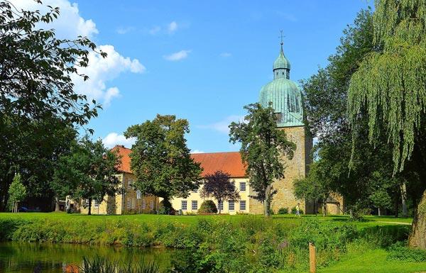Augustin Entsorgung Aktenvernichtung in Osnabrück Schloss Fürstenau
